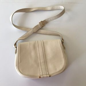 F21 cream crossbody bag